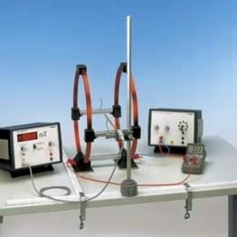 Kompl.zest.eksp.Pole magnet.pary cewek Helmholtza z teslomierzem