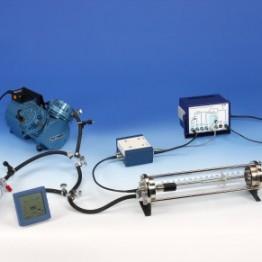 Kompl.zest.eksp.Utrata energii czastek alfa w gazach z analizatorem wielokanałowym