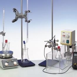Kompl.zest.eksp. Szybkość reakcji i energia aktywacji kwaśnej hydrolizy octanu etylu