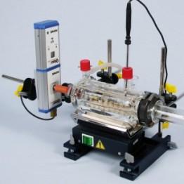 Zestaw do praw gazowych z systemem szklanych przyrządów laboratoryjnych oraz