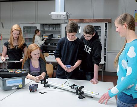 System TESS to bezpieczne i wytrzymałe urządzenia dostosowane do realiów szkolnych i zapewniające bezpieczeństwo niezbędne podczas doświadczeń. Zaprojektowane specjalnie dla potrzeb edukacji, idealnie dopasowane do siebie, a przede wszystkim funkcjonalne i niezawodne.
