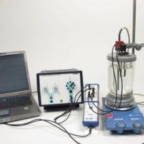 Kompletny zestaw eksperymentalny: Wyznaczanie entalpii hydratacji elektrolitu (entalpia roztworu) z 4 Cobra