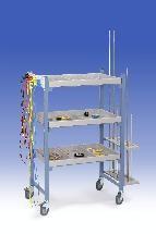 Wózek na przyrządy z 4 pólkami i uchwytem drążków i kabli