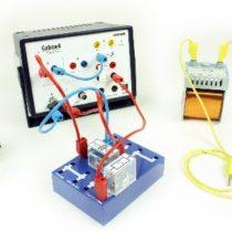 Kompletny zestaw eksperymentalny: Krzywa ładowania kondensatora i zachowanie włączające cewki z użyciem Cobra4 Xpert-Link