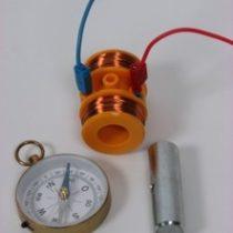 Kompletny zestaw eksperymentalny: Pole magnetyczne cewki
