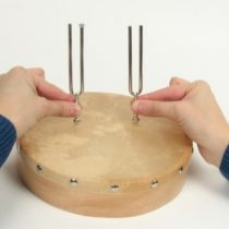 Kompletny zestaw eksperymentalny: Wyznaczanie nieznanej częstotliwości (dudnienie)