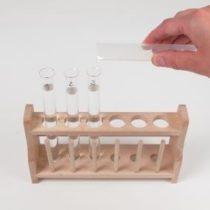 Kompletny zestaw eksperymentalny: Właściwości materii: twardość, barwa, własności magnetyczne, rozpuszczalność w wodzie