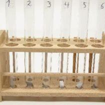 Kompletny zestaw eksperymentalny: Działanie kwasów na metale