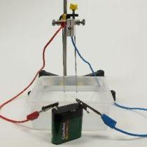 Kompl.zest.eksp:Otrzymywanie wodorotlenków w reakcji metali nieszlachetnych z wodą - jakościowe wyznaczanie przewodności roztworu