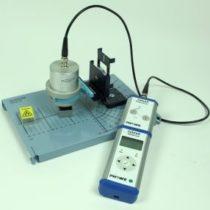 Kompletny zestaw eksperymentalny: Statystyczne wahania rozpadu promieniotwórczego