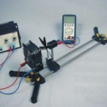 Kompletny zestaw eksperymentalny: Wpływ prędkość wiatru na turbinę