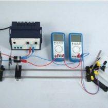 Kompletny zestaw eksperymentalny: Sprawność pompy przetwarzającej energię elektryczną na energię potencjalną