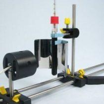 Kompletny zestaw eksperymentalny: Płynąca woda napędza generator