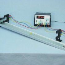 Kompletny zestaw eksperymentalny: Prędkość chwilowa i średnia z wykorzystaniem Licznika 2-1